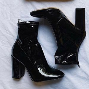 ‼️🔥ALDO PATENT LEATHER BOOTIE🔥‼️
